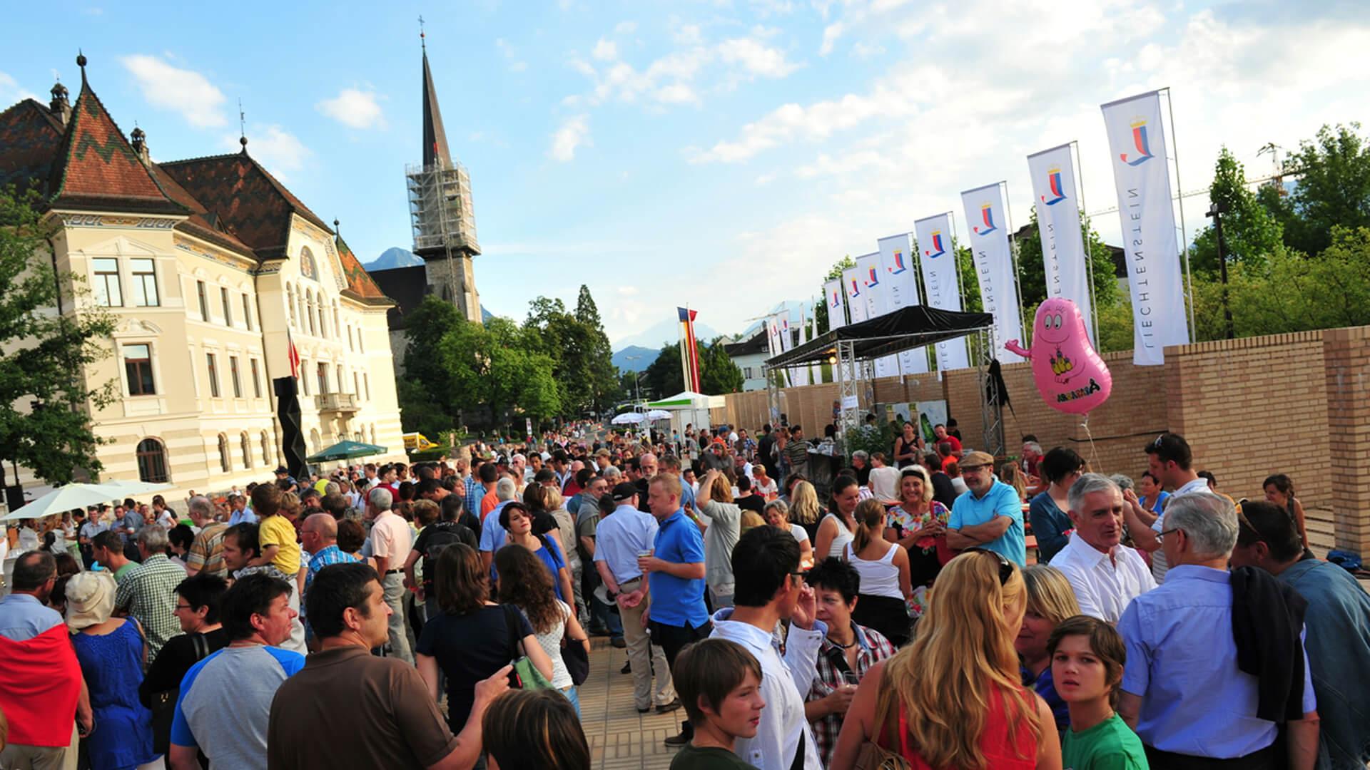 Staatsfeiertag-Volksfest